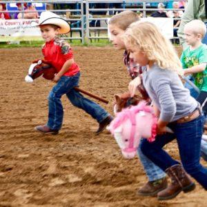 Stick Horse race!